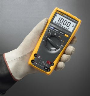 Fluke 177 ESFP true rms multimeter with backlight